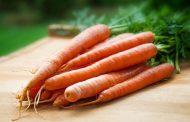 Оранжевый лекарь: чем полезна морковь и нужно ли ее готовить?